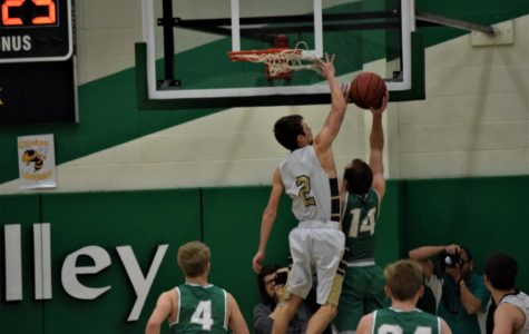 Yellowjackets Fall in District Finals
