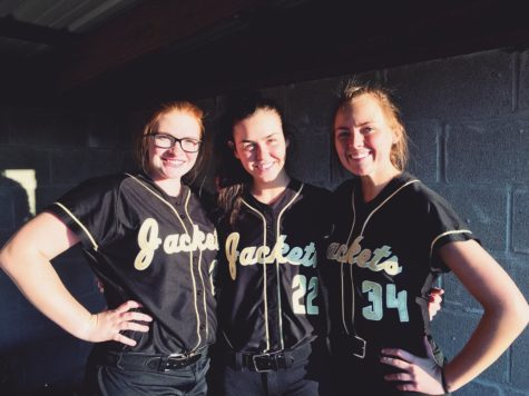 Lady Jacket Softball Faces Lamar