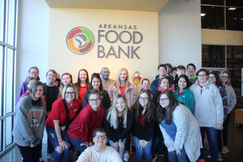 FCCLA and STEM Club Volunteer at the Food Bank